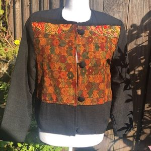 Artesanias Embroidered Jacket Size Small      D113